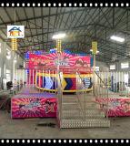 Un campo da giuoco Equipemtn delle 16 sedi della discoteca di rotazione