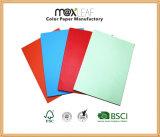 Niedriger Preis A4 Woodfree Offsetdruckpapier-Farben-Papier