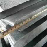 Scale e colonne montanti grige scure del granito G654