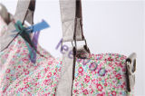 赤ん坊のおむつ袋のおむつ袋のお母さん袋の女性の戦闘状況表示板のハンドバッグ旅行変更袋