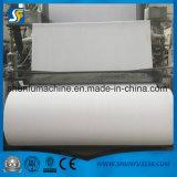 De Apparatuur die van het Recycling en van de Verwerking van de Pulp van het Papierafval Toiletpapier maken rollen
