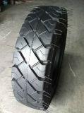 Neumático sólido 12.00-20