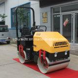 Volle hydraulische 2 Tonnen-selbstangetriebene Vibrationsstraßen-Rolle für Verkauf (FYL-900)