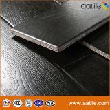 Telhas de madeira da textura do preto interior preto do carvalho