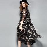 Длина Floal колена черного одеяния напечатала Lace-up платье женщин