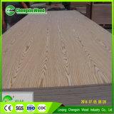 Fabricante da madeira compensada de Okoume da alta qualidade