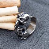 Anillo clásico del cráneo del acero inoxidable del anillo del cráneo de la plata del diseño