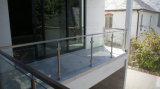 스테인리스 유리 Baluster를 가진 새로운 디자인 발코니 강화 유리 방책 또는 난간
