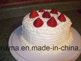 ホイップクリームの粉かベースまたはクリームの粉またはケーキのトッピングを越えること