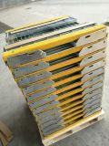 Pedate stridenti del Tecnico-Setaccio T6 con Nosings abrasivo giallo