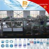 Máquina de enchimento mineral natural da água bebendo do frasco inteiramente automático
