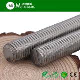 Grade8.8 inoxidable a galvanisé la barre filetée galvanisée d'acier à faible teneur en carbone