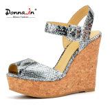 (Donna-в) классицистические сандалии высокой пятки клина пробочки женщин картины змейки