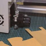 Inscripción embalajes de cartón tarjeta que hace cortador