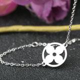 De eenvoudige Halsband van het Sleutelbeen van de Bloemen van de Meisjes van het Roestvrij staal van de Manier van Juwelen