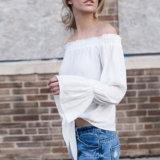 Die reizvollen Form-Frauen nehmen weg von der Schulter-Aufflackern-Hülsen-Verband-Kleidung-Bluse ab