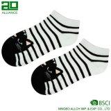 Calcetines del tobillo de la venta al por mayor de la manera del fabricante de Ningbo