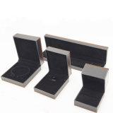 Clainmond veia a caixa plástica de veludo do luxuoso para a jóia (J70-E1)