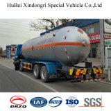 De Tankwagen van de brandstof met Motor Diesell