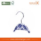 De Hanger van de Chinees-stijl met Ontwerp van Blauw en Wit Porselein
