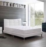 クイーンサイズの最上質の通気性のベッドのメモリ泡のマットレス