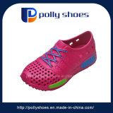 Schoenen van de Tuin van de Kinderen van het Ontwerp van de Schoenen van de Jonge geitjes van het Product van Guangzhou de Nieuwe In het groot