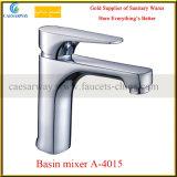 Grifo de cobre amarillo de Basin&Kitchen de la salud del ahorro del agua