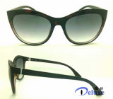نمو جديدة بلاستيكيّة مصمّم نساء نظّارات شمس مع عالة علامة تجاريّة