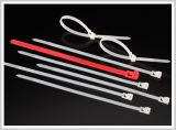 Fascette ferma-cavo di nylon autobloccanti approvate di vendita diretta del fornitore di resistenza termica del nylon 66 dell'UL