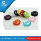 Grands boutons de chemise de couche de mode en bois naturelle colorée de boutons