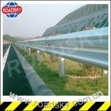 交通安全の熱いすくい金属によって電流を通されるWのビームガードレール