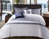 Het Beddegoed van het Hotel van de Dekking van het katoenen Dekbed van de Polyester