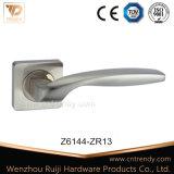 Schlaufen-Typ Aluminiumhebelgriff auf Rose für Schlafzimmer (AL034)