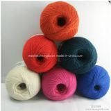 뜨개질을 하고 길쌈을%s 면 캐시미어 천에 의하여 혼합되는 털실