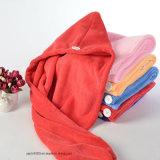 Secador de pelo de la toalla de Terry con el casquillo del baño