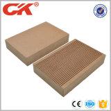 Pavimentazione laminata impermeabile vuota di WPC e mattonelle di pavimento poco costose