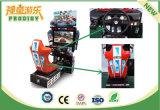 Автомобиль имитатора машины видеоигры аркады участвуя в гонке для взрослых