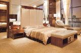 Jogos confortáveis da mobília do quarto do hotel