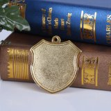 Bouclier souvenir d'or brillant de haute qualité Insérer une médaille vierge sur le karaté