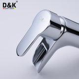 簡単なニースデザイン熱い販売の高品質の真鍮の滝の浴室の洗面器の蛇口