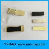 Magnete di plastica su ordinazione delle modifiche di nome dei distintivi di nome