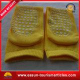 Chaussette promotionnelle de course de belle vente chaude jaune de couleur pour la ligne aérienne