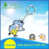도매를 위한 주문을 받아서 만들어진 동물 또는 과일 모양 연약한 PVC Keychain