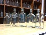 Bottiglia di vetro della boccetta per rum, whisky
