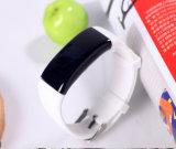 Inseguitore Smartband di forma fisica di Bluetooth con il video di frequenza cardiaca