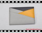 プラスチックフィルムが付いている新しく安く細いブラウンPUの革帯出登録者