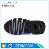Новые ботинки ролика черноты СИД конструкции идущие с верхушкой PU