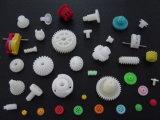Pièces en plastique