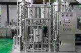 Automatische mit Kohlensäure durchgesetzte Wasser-funkelnde Getränke, die mit einer Kappe bedeckende Maschine füllen