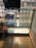 De eenvoudige Duidelijke Aangemaakte Showcase van het Kabinet van het Glas met Slot voor de Zaal van de Keuken van het Bureau van het Meubilair